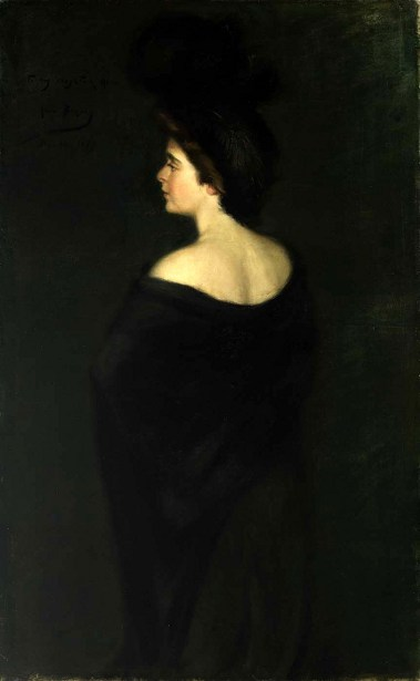 Laura In Black